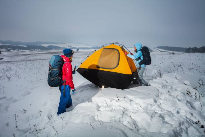 Outdoor Survival : 13 Winter Camping Tips For Every Survivalist